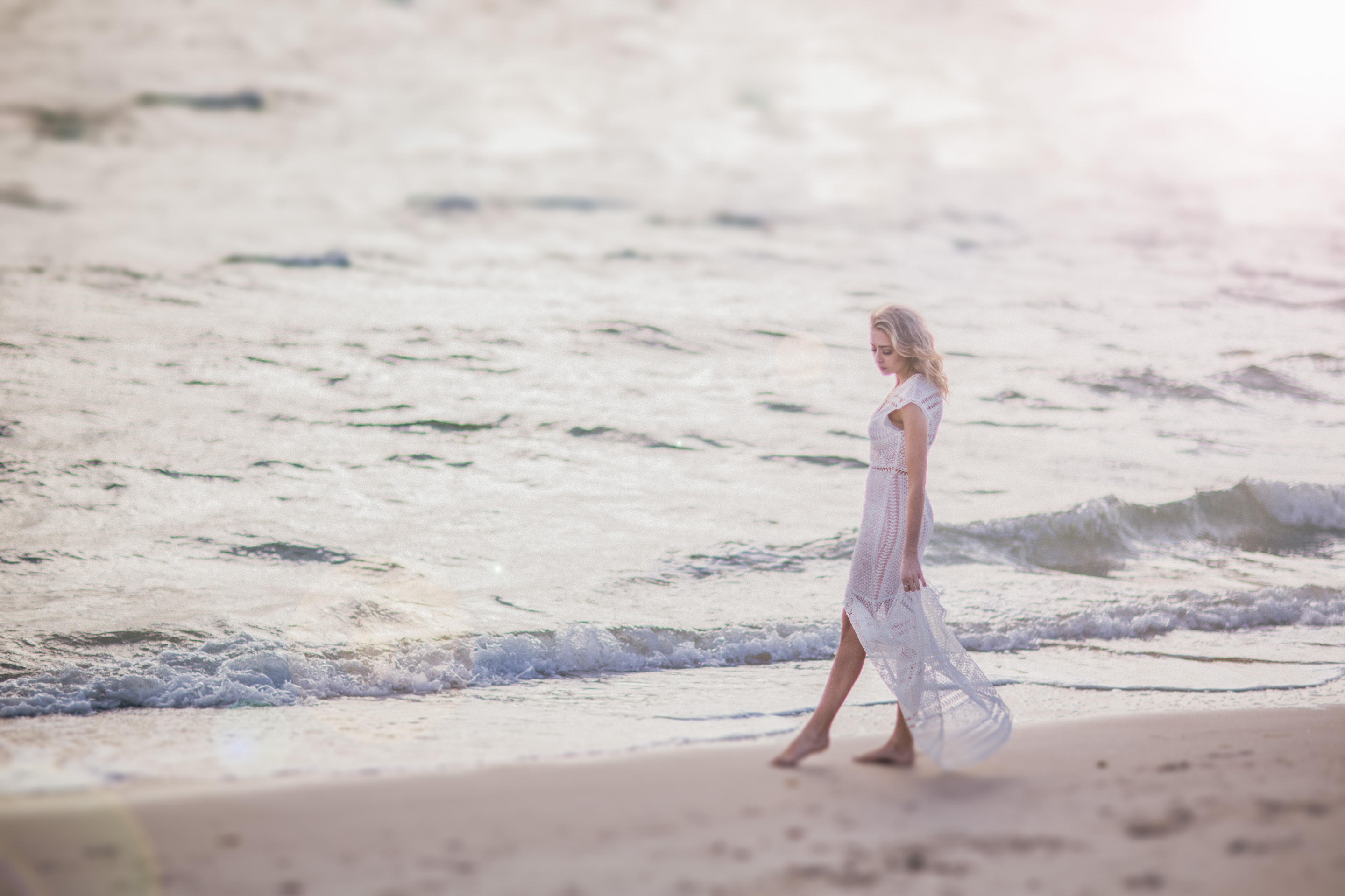 dreamy glamour photography in melbourne - long floaty dress plain white at beach