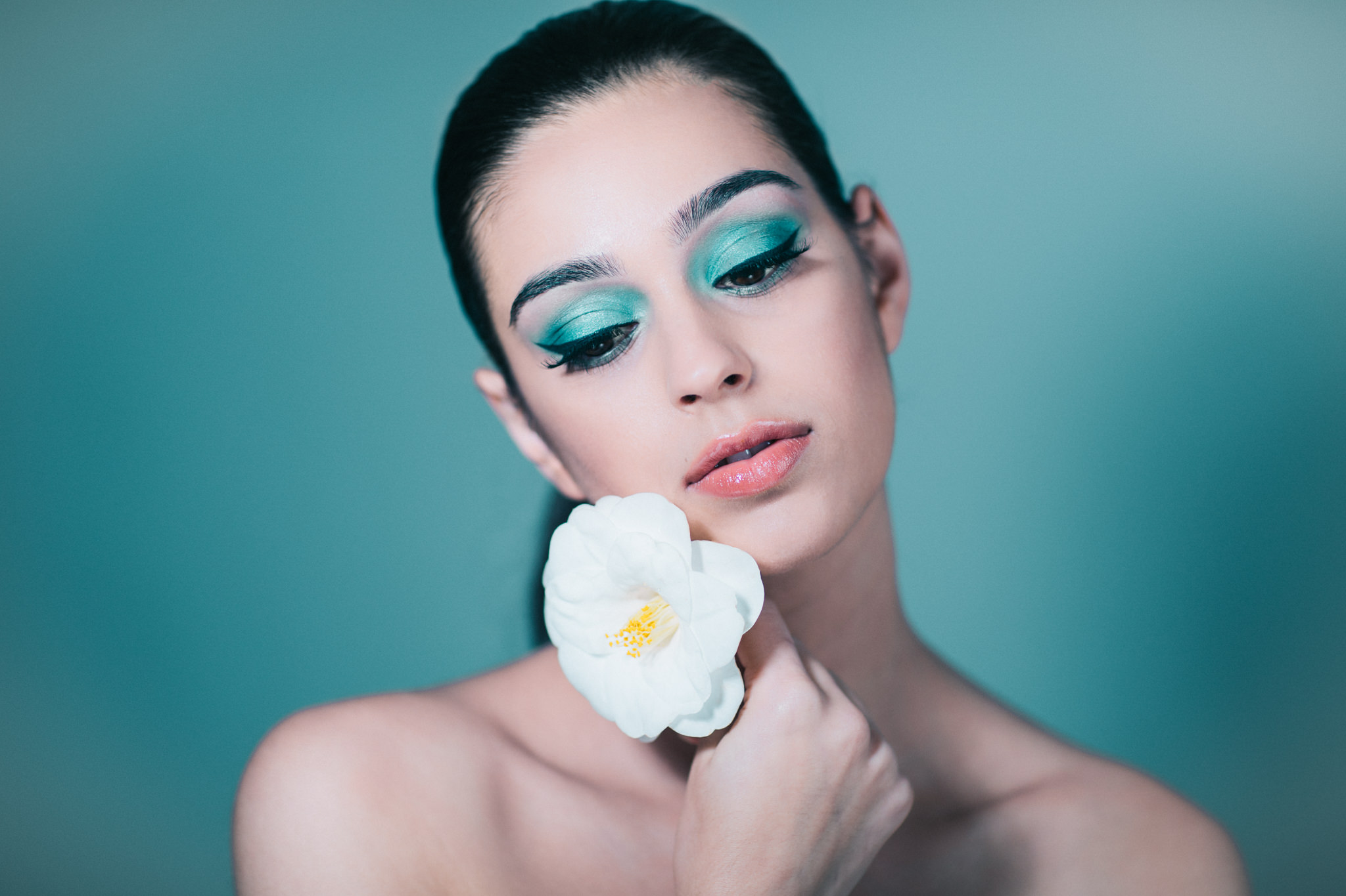 Beauty Photography in Melbourne 2018 - Spring flower inspired photoshoot in Melbourne photo studio